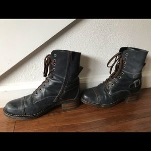 Taos Crave boots - blue ink
